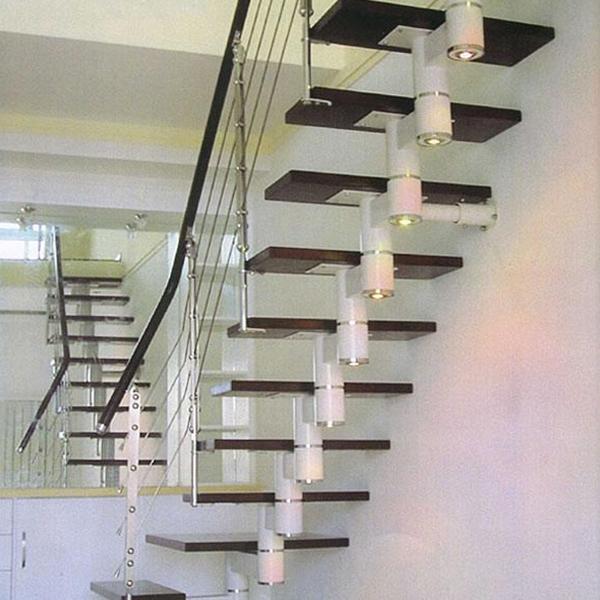 脊索钢木楼梯