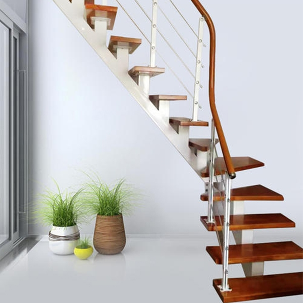 室内斜梁楼梯