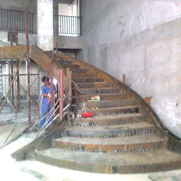 双梁钢木楼梯厂家