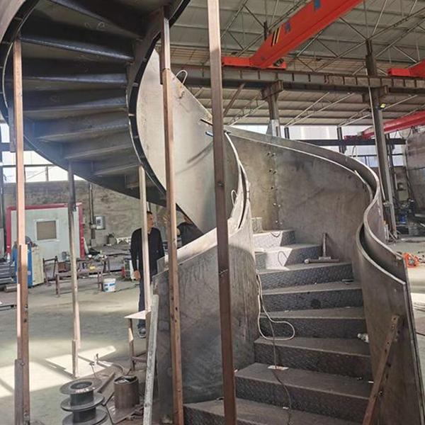 河北钢木楼梯厂家