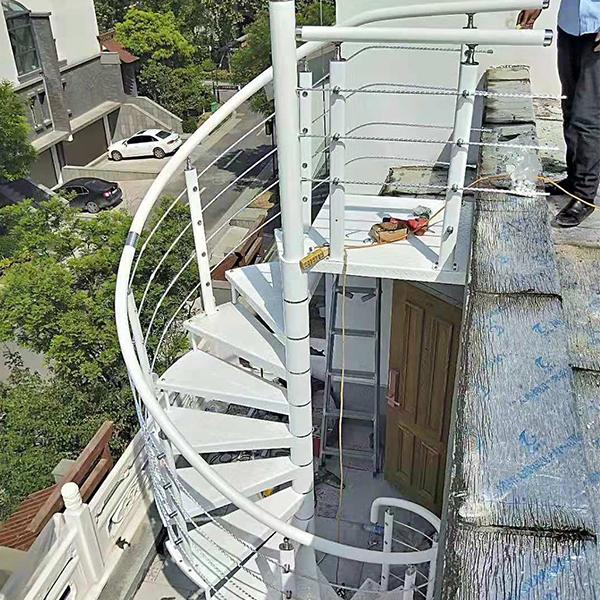 户外中旋楼梯