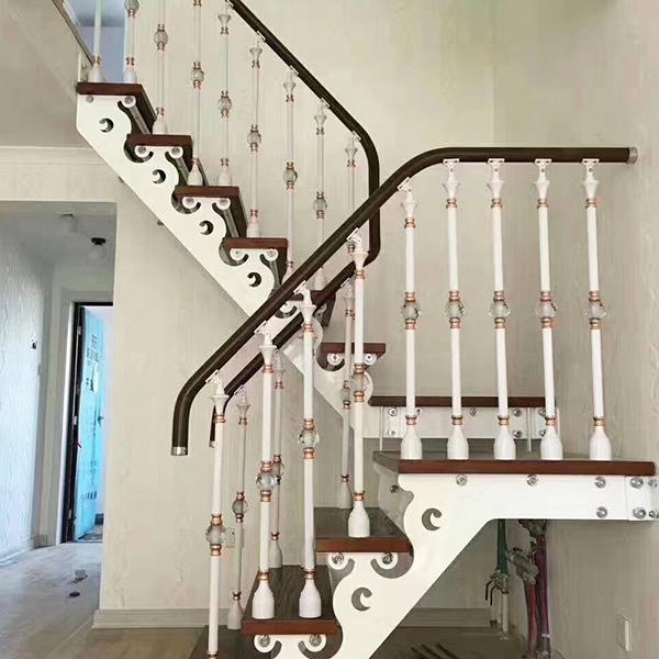 双梁楼梯安装