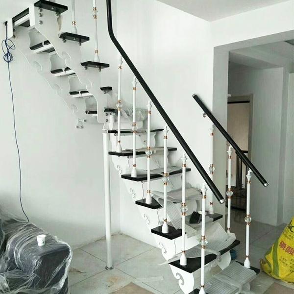 双梁钢架楼梯