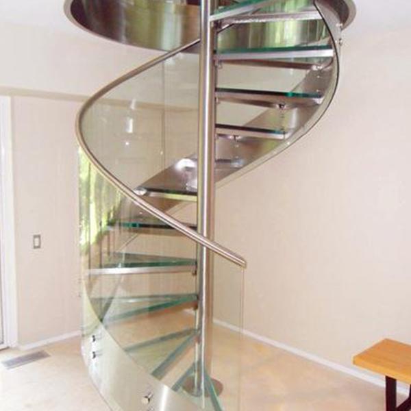 维护旋转楼梯时要注意什么?