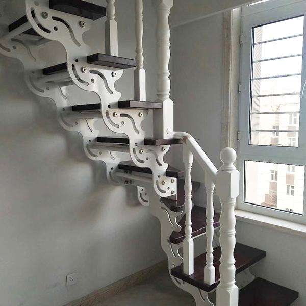 怎样确定钢木楼梯的坡度?